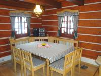 Timber house Krkonoše - dinning table